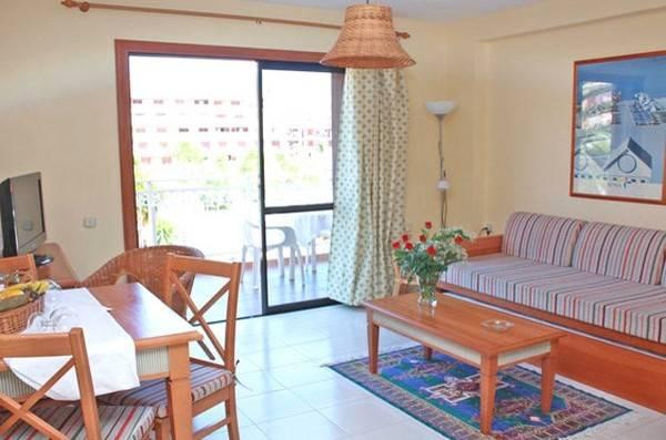 Hotel APARTAMENTOS COMPOSTELA BEACH