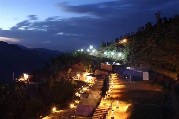 Hotel Whispering Pines Himalayan Retreat