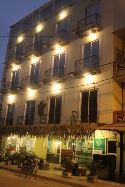 HOTEL EL TAINO DE SKY