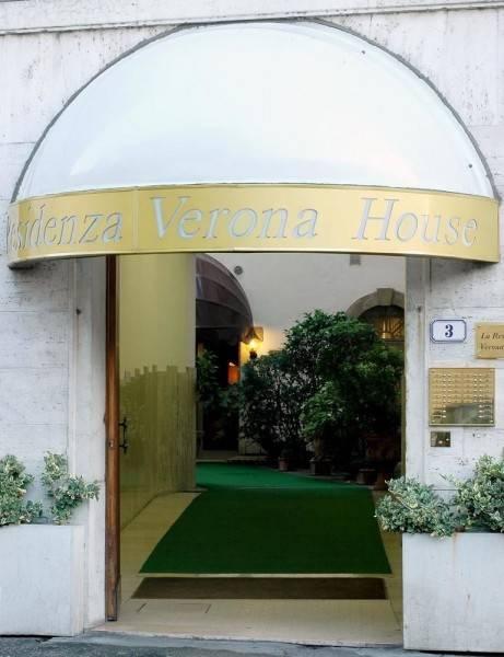 Aparthotel Verona House