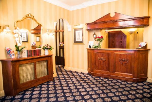 Hotel London Lodge