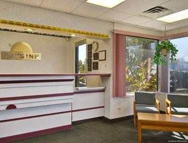 Hotel Travelodge by Wyndham Ridgeway Martinsville Area