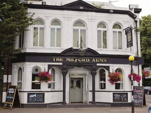 Hotel The Milford Arms