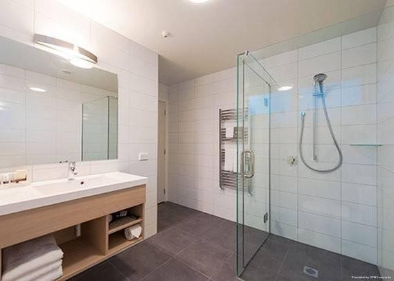 Hotel Clarion Suites Ambassador