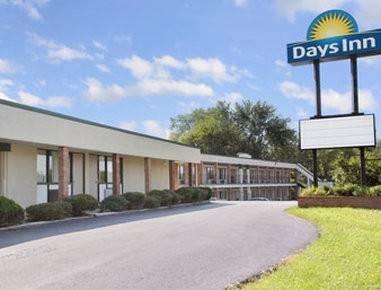 Days Inn by Wyndham Bedford