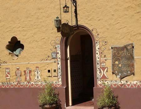 Hotel Hostal Casa de Barro
