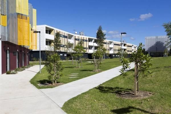 Hotel Western Sydney University Village Penrith
