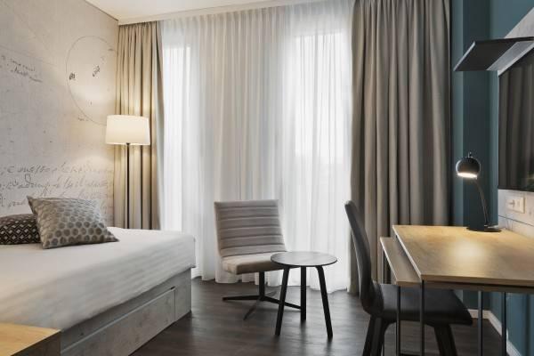 Stellaris Apartment Hotel