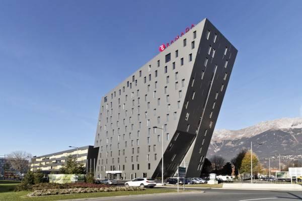 Hotel Ramada Tivoli