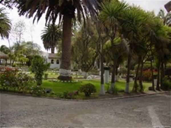 Rumipamba De Las Rosas Hotel