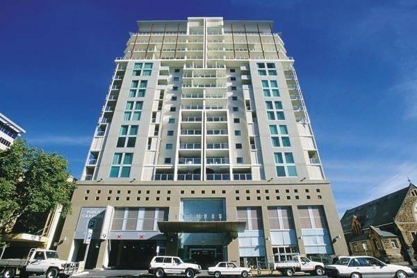 Hotel Oaks Embassy