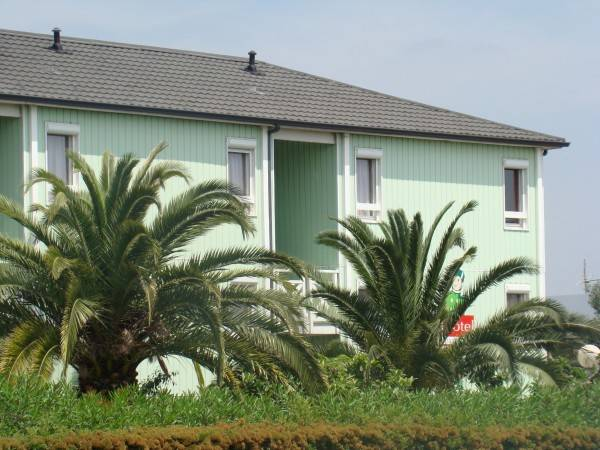Fasthotel Perpignan Sud