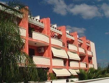 Hotel Residence Marina di Carlino Tourist