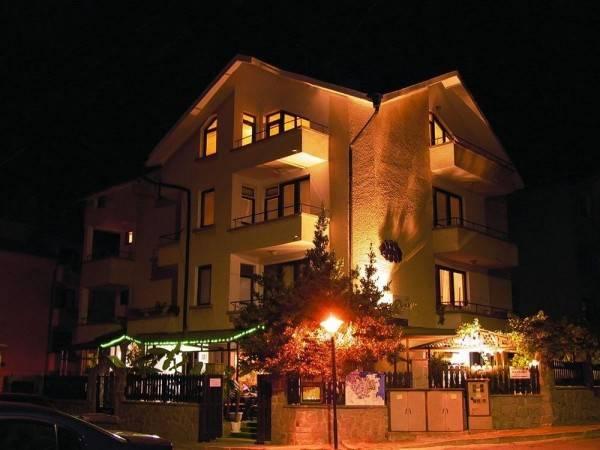 Family Hotel Sans Souci