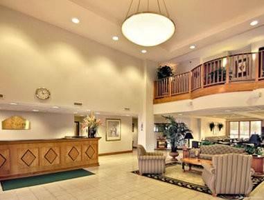 Hotel Wingate by Wyndham Alpharetta