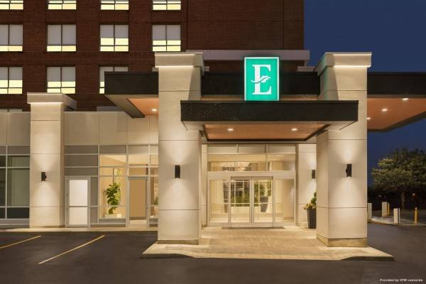 Hotel Embassy Suites by Hilton Toronto Airport