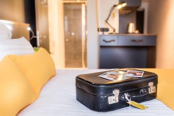 Hotel Best Western Plus Suitcase Paris La Defense