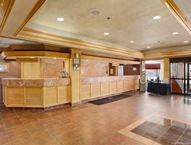 Hotel Ramada by Wyndham Louisville North