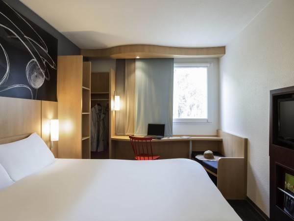 Hotel ibis Paris Meudon Vélizy