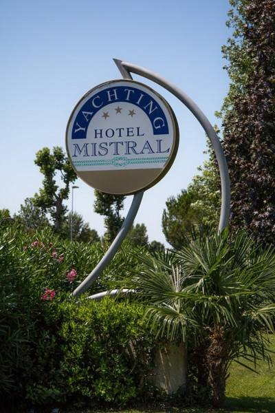 Hotel Yachting Mistral