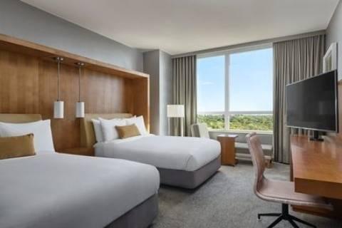 Loews Chicago O Hare Hotel