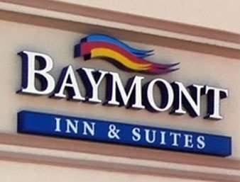 Hotel Baymont by Wyndham Phoenix I-10 near 51st Ave