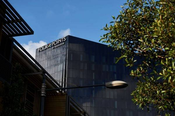 Hotel Four Points by Sheraton Melbourne Docklands