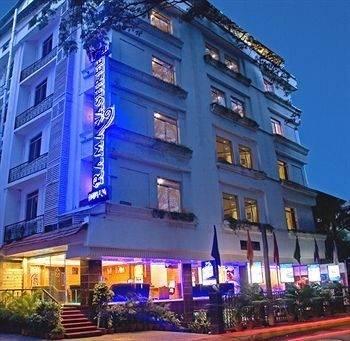 Hotel Ramanashree Brunton