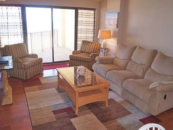 Hotel Silver Moon 403 2 Br condo by RedAwning