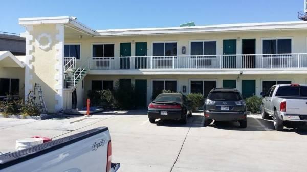 Desert Mirage Inn & Suites