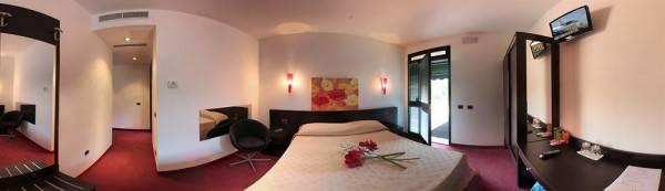 Hotel Oasi Cavett