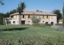 Hotel Urbino Resort Tenuta Santi Giacomo e Filippi