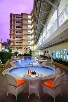 Hotel Baan Klang Hua Hin