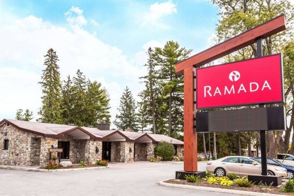 Hotel RAMADA OTTAWA ON THE RIDEAU
