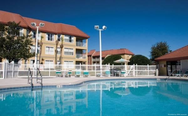 Hotel Parc Corniche Condominium Suites