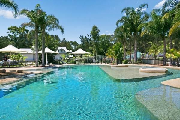 Hotel Raffertys Resort