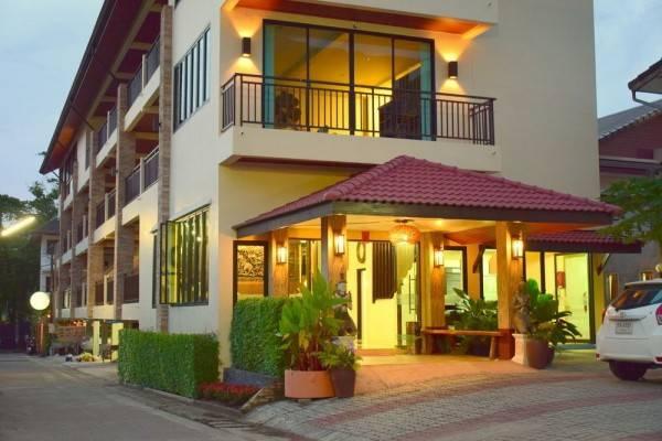 Hotel Baan Kata Maytha