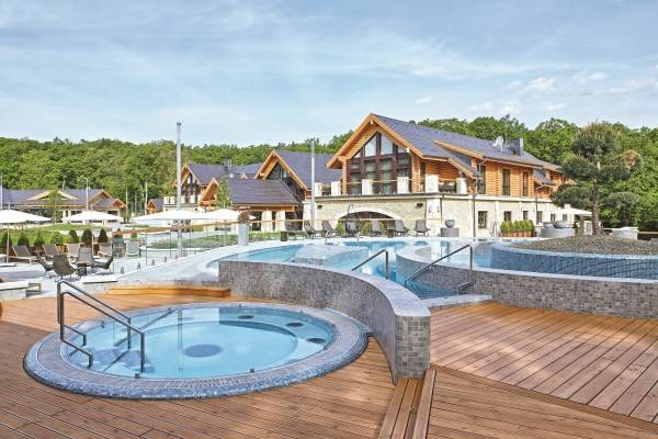 Hotel Avalon Resort & Spa
