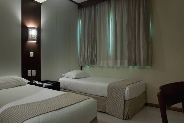Hotel Master Royal