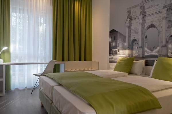 Hotel Super 8 Munich City West
